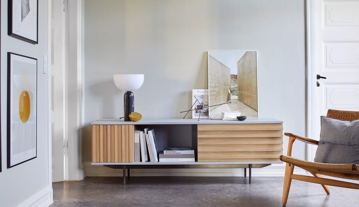 more Möbel: Midcentury Design Sidboard im Wohnzimmer